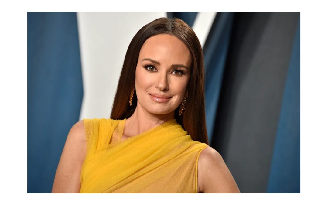 Catt Sadler says she has COVID after getting vaccinated. Experts explain 'rare' breakthrough infections
